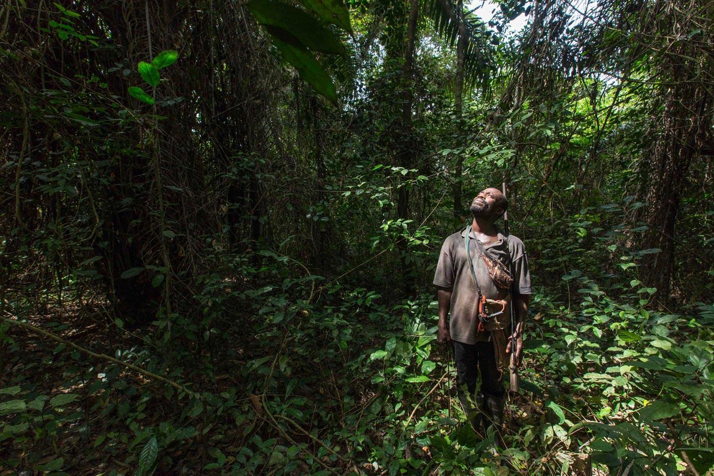 Un hombre en Costa de Marfil.